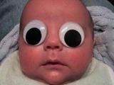 Baby mit großen Augen