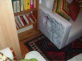 Ein weißes Sofa