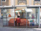 Wohnliche Bushaltestelle