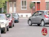 Einparkender Opa
