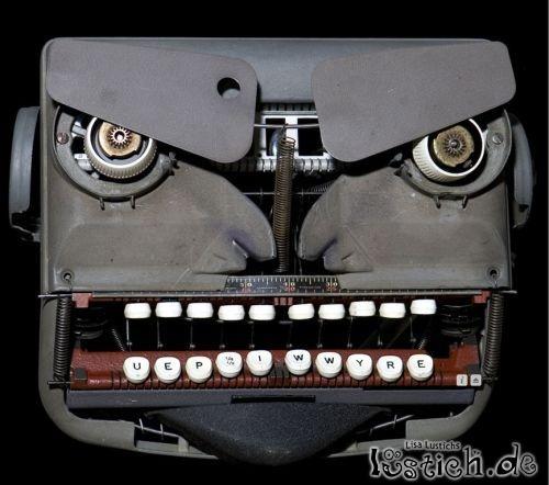 Böse Schreibmaschine