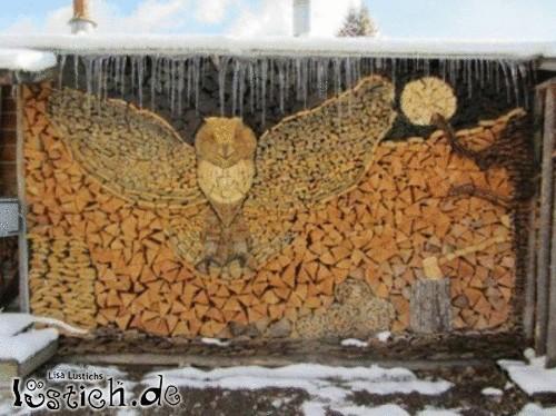 Kunstvoll Holz stapeln