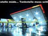 Müde Tankstelle